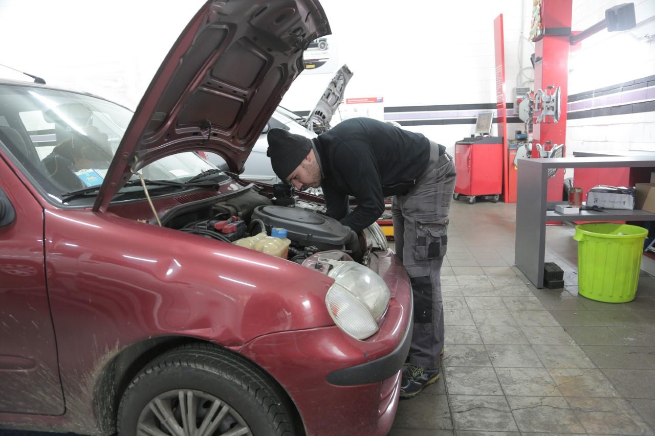 6 DIY Car Maintenance Tasks to Save You Money