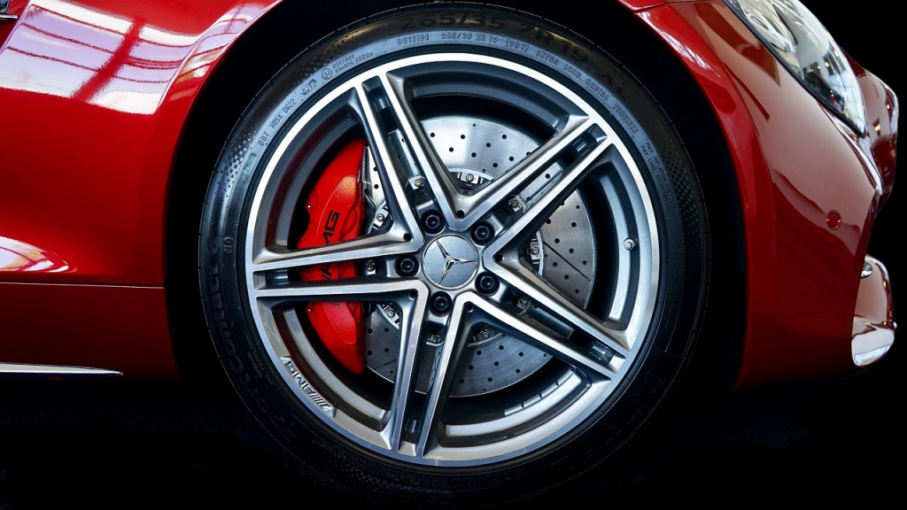 6 Tips to Get the Right Set of Tyres for Your Car