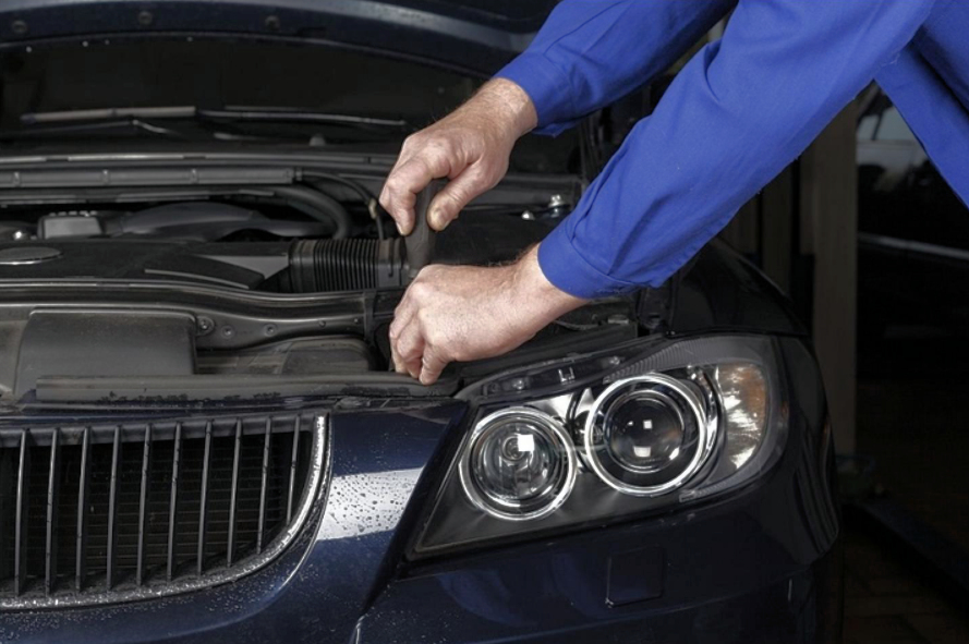 Things to Consider While Choosing A BMW Service Specialist