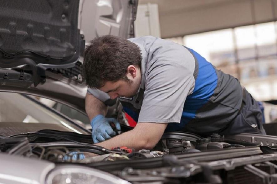 Auto Mechanic Exploring the Diversified Job Description